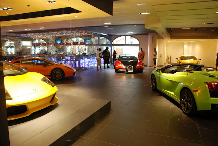 Car Auto Insurance Companies >> Lamborghini Car Showroom and Workshop in Delhi - Review, Contact details